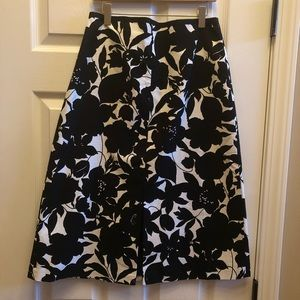 Ann Taylor career skirt black white floral 2